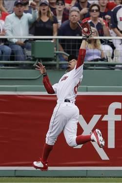 MLB》2顆決定命運的飛球 紅襪和太空人兩樣情...