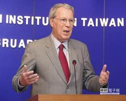 美前AIT主席薄瑞光 訪台慶賀國慶
