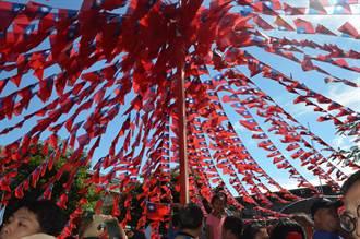 國旗屋升旗典禮進入第23年 馬英九一早加油、打氣