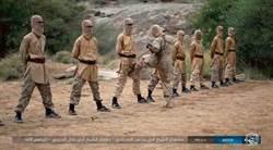IS新影片戰士遭踢下體忍痛 顯示欲奪下葉門