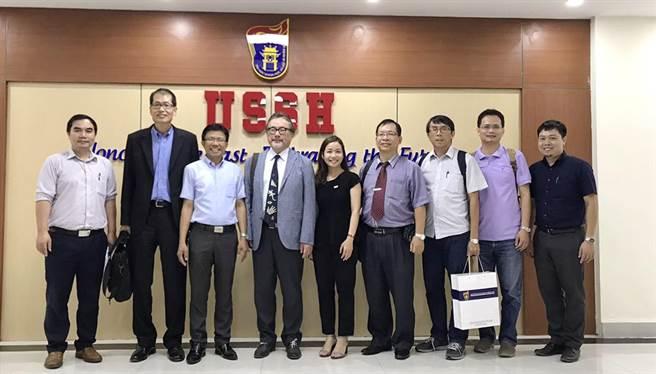 靜宜將為越南台商中高階管理與投資者及越籍華語翻譯等人員,開設「台商企業菁英管理培訓班」,提升專業管理及國際競爭力!(陳世宗攝)