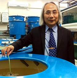 屏科大連7年獲十大農業專家 獸醫學院長陳石柱入選