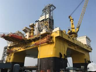 藍鯨1號回山東煙台檢修 中集來福士打造藍鯨2號蓄勢待發