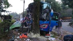 遊覽車清境撞樹釀23傷 領隊傷重不治