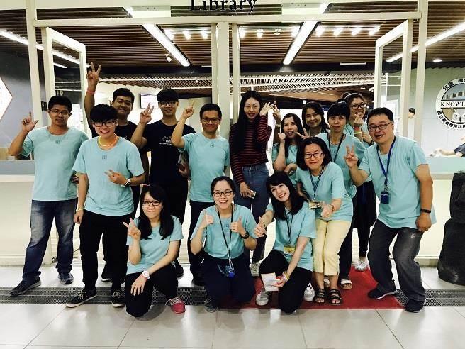 高應大圖書館推出「搖滾X夜宿」活動。(高應大提供)