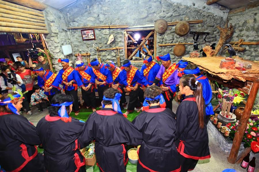六龜荖濃部落大武土龍夜祭將於11月3日登場。 (圖:資料照片)
