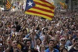 加泰議會投票通過 宣布脫離西班牙獨立