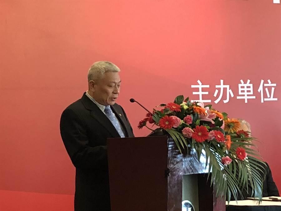 今年是兩岸關係卅週年,旺報與上海東亞研究所在上海共同舉辦「兩岸關係卅年回顧與展望研討會」,旺旺中時媒體集團董事長蔡衍明致詞中表示兩岸好台灣才會更好。(林信憲攝)