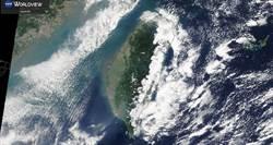 英國氣象局貼有趣雲圖 揭台灣「護國神山」多神奇