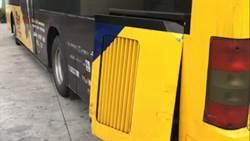 影》公車散熱蓋鬆脫 騎士慘遭削臉送醫