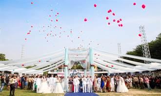 海軍舉辦集團結婚 現場喜氣洋洋