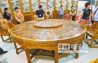9千萬金絲楠木 男無償捐北京故宮