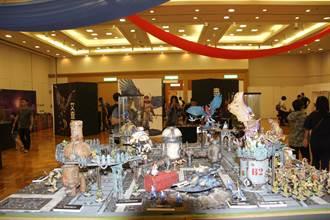 台南玩家模型展 2公尺奇幻蛇女吸睛