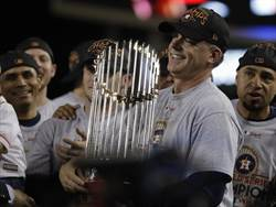 MLB》3年讓百敗隊變冠軍 太空人教頭有秘訣