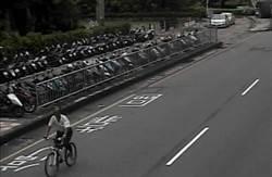 男子沒錢吃飯偷腳踏車變賣 警察叔叔為學童揪賊