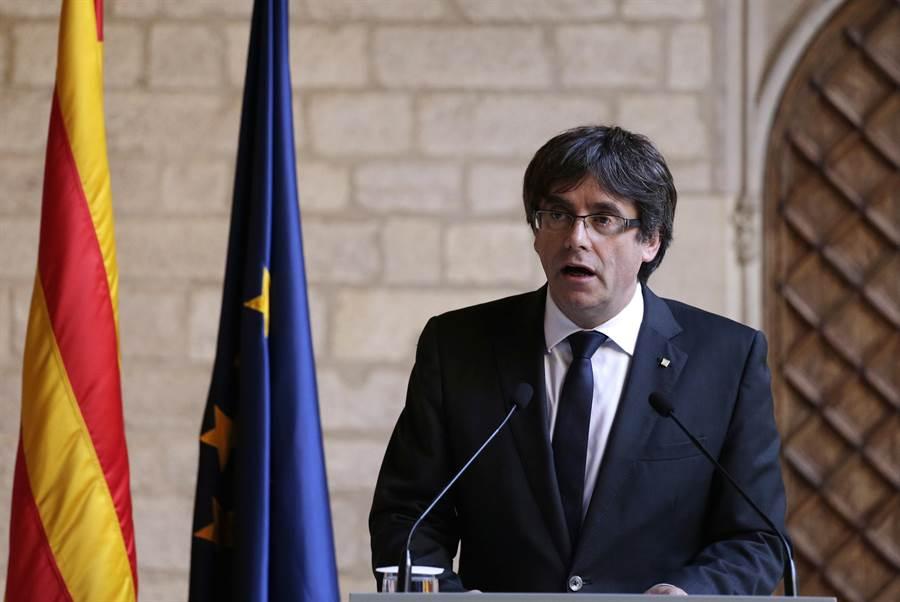 西班牙加泰隆尼亞獨立事件領袖普伊格蒙特在流亡比利時一週後,決定出面自首,他可能會被引渡回西班牙。(圖/美聯社)