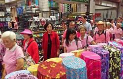 屏東市中央市場推友善商圈,邀長者懷舊之旅