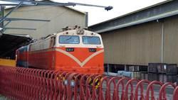 離譜!台鐵貨運列車出軌 竟是司機酒駕