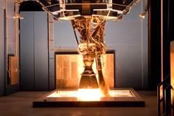 SpaceX新火箭引擎研發受挫 測試中爆炸