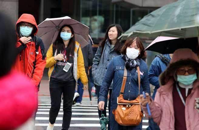 氣象專家吳德榮表示,周日清晨北台灣沿海地區最低溫約在14、15度左右,將創今年入冬以來最低溫!(本報系資料照)