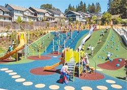 7米高溜滑梯 大都會公園明年見