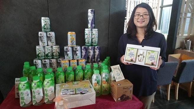 半天水事業進口的泰國椰子汁,目前在台灣市佔率高達75%。(圖/曾麗芳)