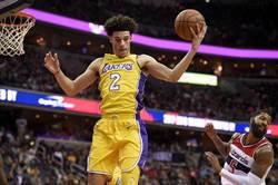 NBA》球哥末節遭冷凍 坐看湖人輸七六人