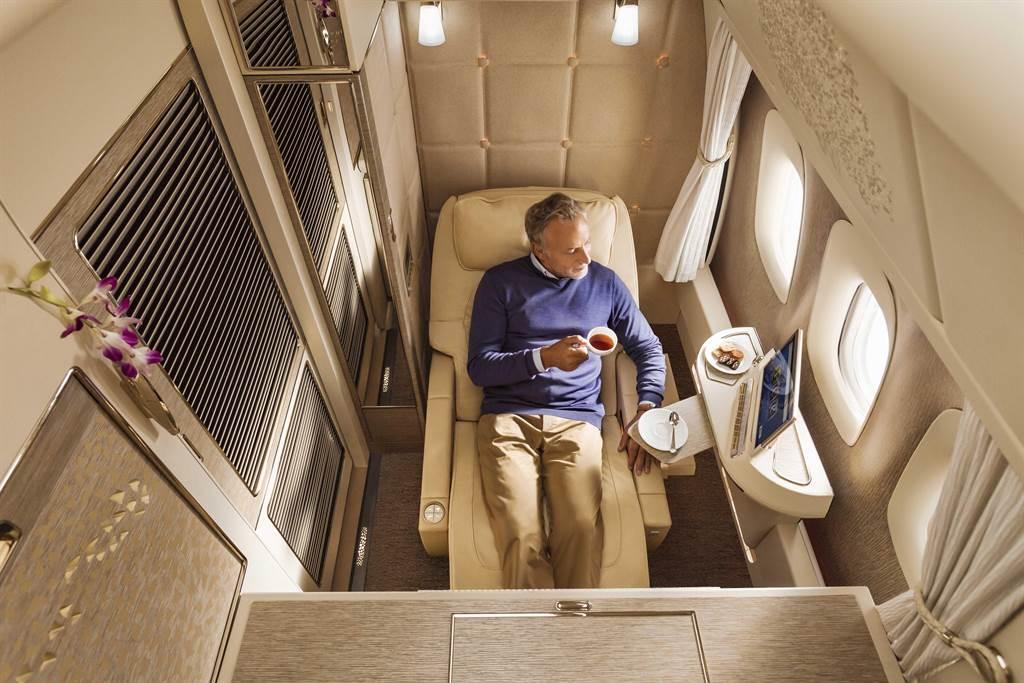 阿联酋航空波音777全封闭式头等舱私人套房。图:业者提供