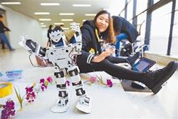 大學生機器人比拚 展創新科技
