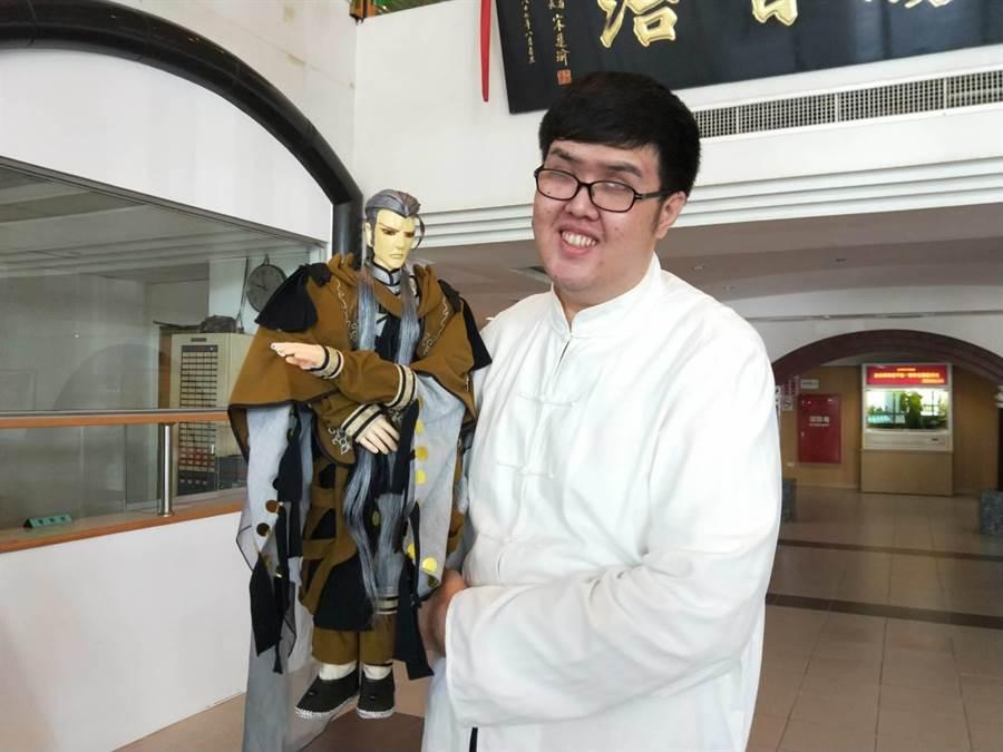馬凡氏症患者潘勁松替第二屆台南市議長盃公益路跑代言。(洪榮志攝)