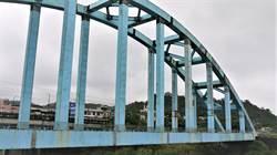 八堵鐵橋鏽蝕 施工期間消防交通堪慮