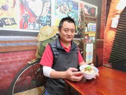 「李洪擔仔麵」隱藏在興南夜市的傳統美味