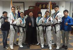 平鎮高中校長幫忙提親 表彰基層跆拳教練