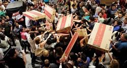 Costco黑色星期五優惠不夠殺 網友喊:國外不是這樣玩的啦!