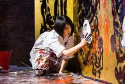 專訪》真人版「神隱少女」!藝術新星小松美羽 來台秀技畫奇獸