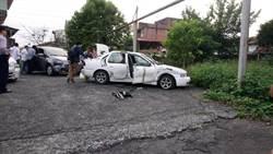 毒梟車上載3歲稚女還衝撞警車 遭警連開13槍就擒