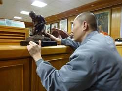 受刑人獄中學雕塑 今年獲大墩美展第二名