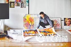 陸機器人作畫 1幅7千元熱銷