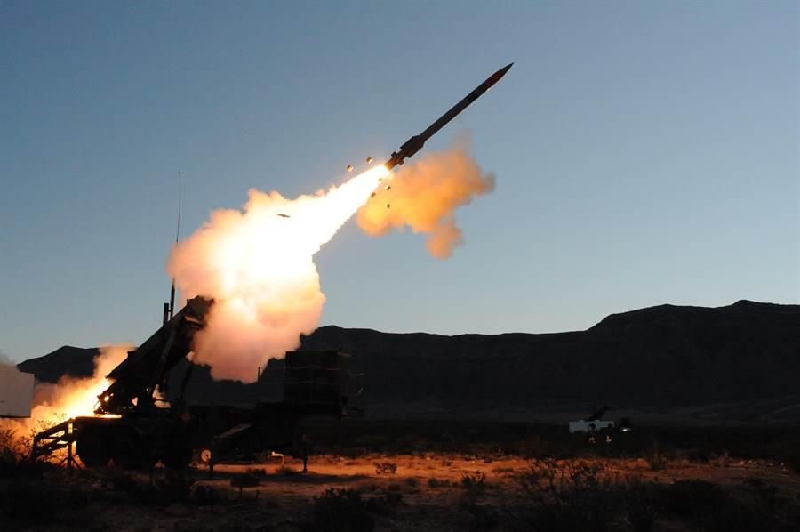 愛國者3型在沙烏地阿拉伯實戰,然而5發全部失手。(圖/雷神公司)