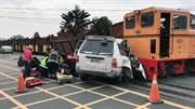 汽車衝撞虎尾台糖小火車 2重傷1輕傷