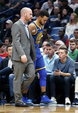 NBA》勇士柯瑞受傷了 將缺陣半個月
