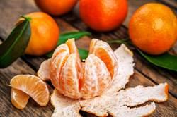 精華就在這裡!吃橘子千萬別把白色細絲拔光