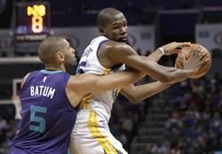 NBA》少了柯瑞沒差!杜蘭特大三元轟垮黃蜂