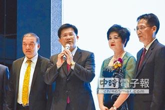 王逸華接掌臺中市不動產聯盟協會