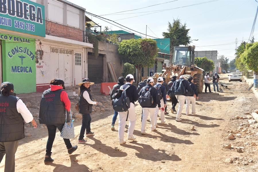 墨西哥9月發生強震,慈濟志工兩個多月以來在災區挨家挨戶勘災、造冊、複查。(圖/慈濟基金會提供)