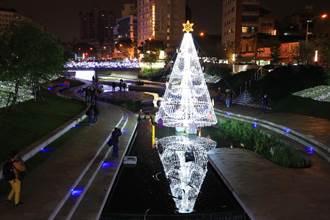 全國首座水中耶誕樹在台中 今晚浪漫點燈