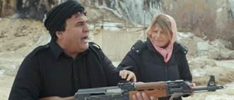 阿富汗拍片就地取材 槍裡有子彈驚呆導演