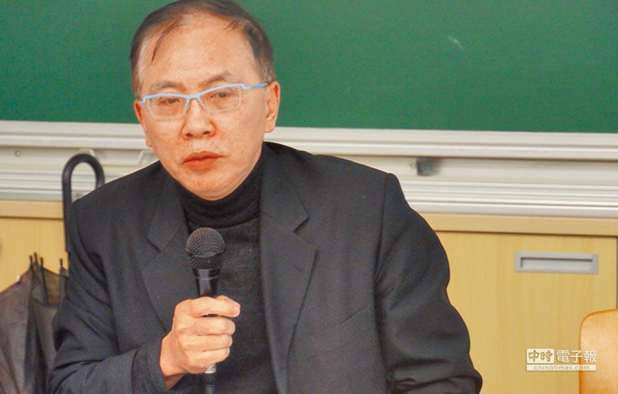 中央警察大學公共安全學系教授董立文。(記者潘維庭攝)