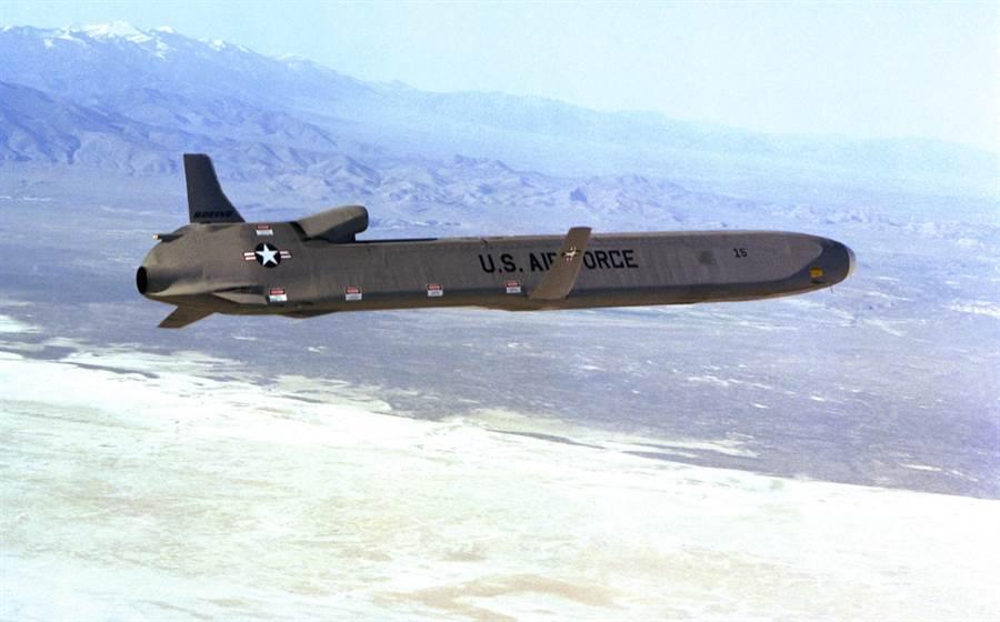 美國一些專家建議,可以動用微波巡弋飛彈來破壞北韓的軍事能力。(圖/美國空軍)