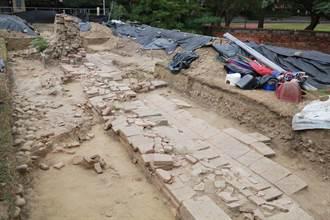 孔子廟櫺星門遺構t出土 現地保留供民眾參訪